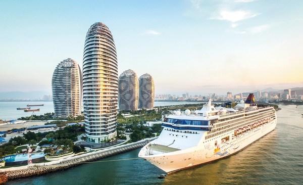"""乘自贸港建设东风扬帆起航 """"令人心动的三亚""""期待全球游客到来"""
