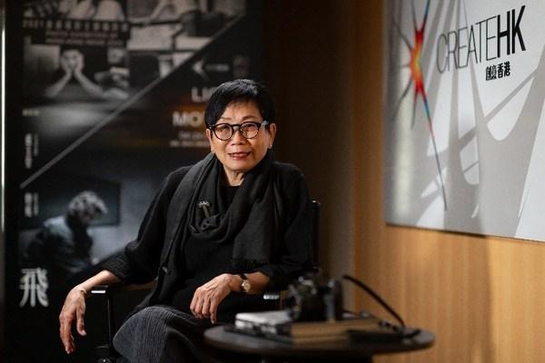 """卢玉莹曾为《电影双周刊》、《号外》杂志作人像摄影,更是""""火鸟电影会""""创会成员之一"""