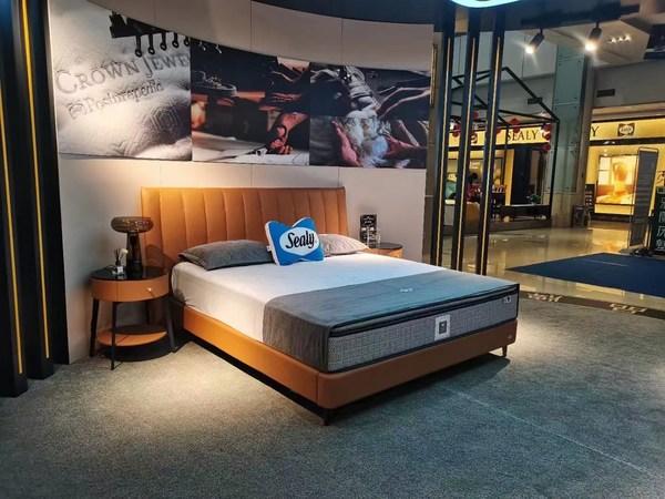 从床垫到底床的卓越设计,使丝涟为您的身体提供全面的承托体验和优质的舒适睡眠