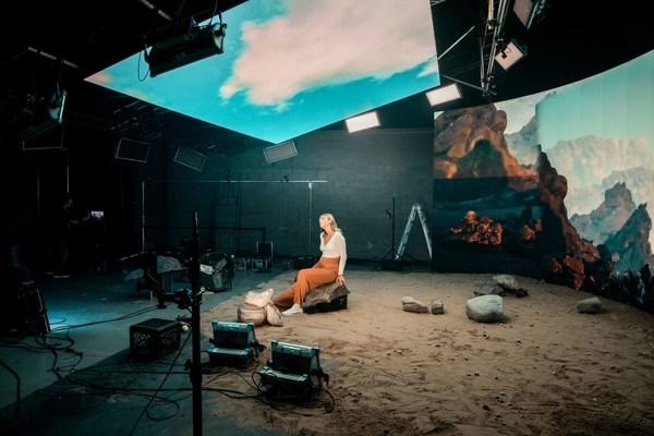 Absenがバーチャルスタジオソリューションに関するグローバルウェビナー開催に成功