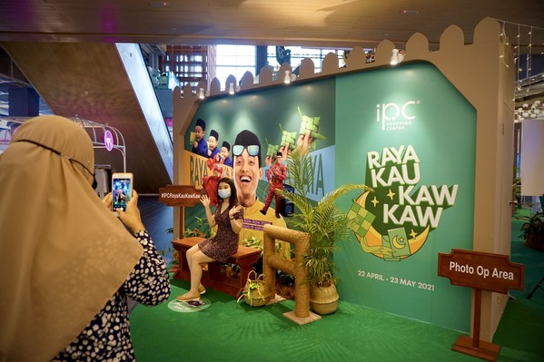 IPC Shopping Centre Invites Visitors to Celebrate Raya Kaw Kaw