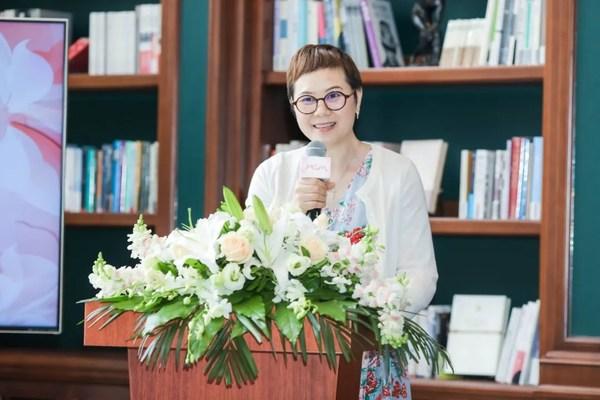 上海粉红天使癌症病友关爱中心创始人陆柳梅女士