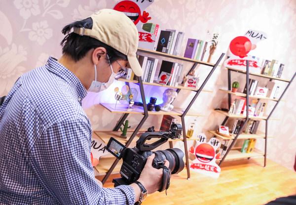 现场观众体验可广泛应用于各类直播及拍摄场景的专业数字电影机 EOS C70