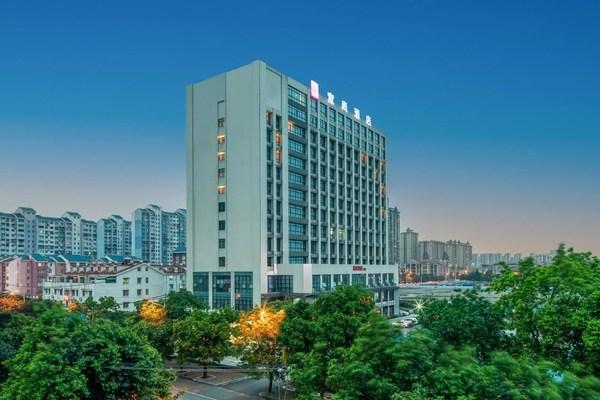 东呈加盟合作伙伴:突破地理位置局限,领跑片区中端酒店品牌