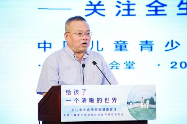 市科协党组书记、副主席马兴发书记发言