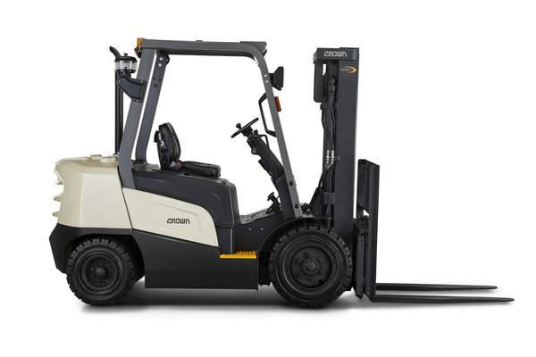 Crown Equipment giới thiệu dòng C-DX với các sản phẩm xe nâng chạy dầu diesel linh hoạt và tập trung vào giá trị mang lại thực sự cho khách hàng