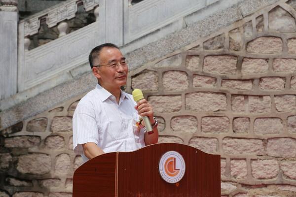 北京林业大学副校长邹国辉先生致辞