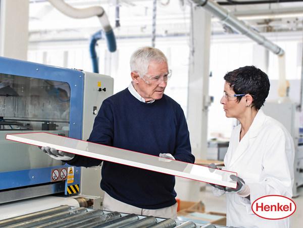 板式家具制造:热熔胶封边VS激光封边