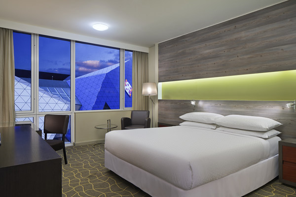 Four Points by Sheraton Perth, King Deluxe Guest Room