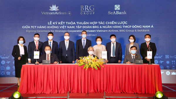 Vietnam Airlines, BRG Group and SeABank sign a strategic cooperation agreement