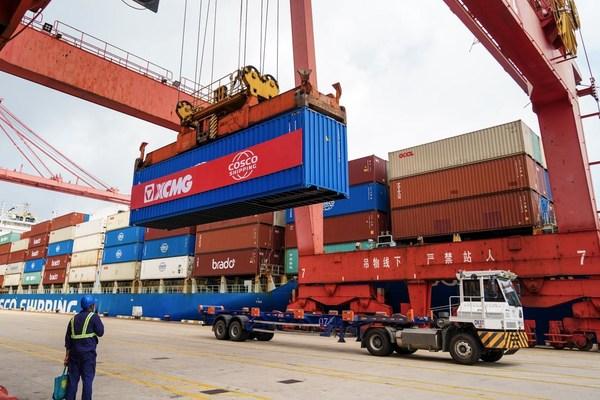XCMGが972機の建設機械設備を南米に出荷