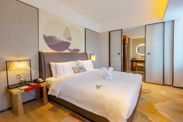 怡程酒店房间图