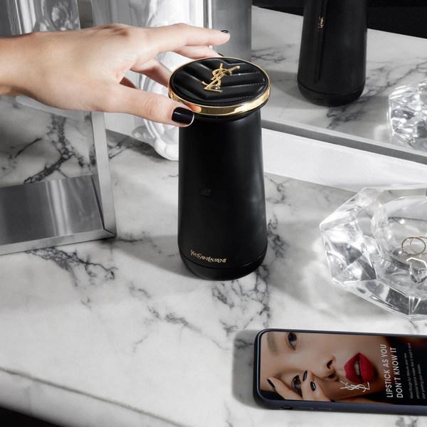 """欧莱雅旗下YSL圣罗兰美妆推出基于Perso技术的全新产品""""YSL Rouge Sur Mesure"""""""