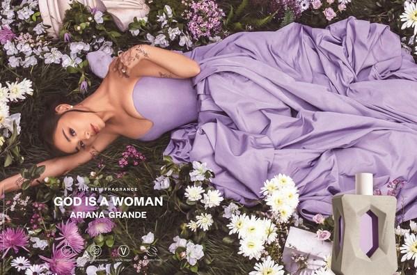 グラミー(R)賞ウイナーでプラチナアルバム多数のアリアナ・グランデが新作香水God is a Womanを発表