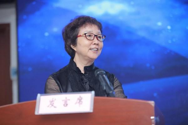农工党中央服务部部长耿丽丽