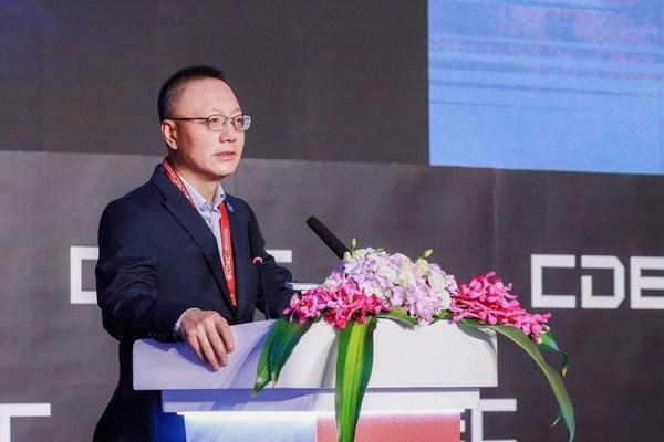 7月29日にCDECで基調講演を行ったパーフェクトワールドのCEO、Robert H. Xiao博士