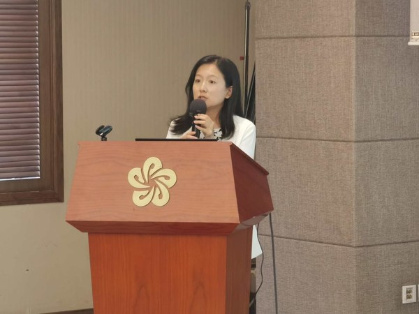 劉書娟博士在會上發言