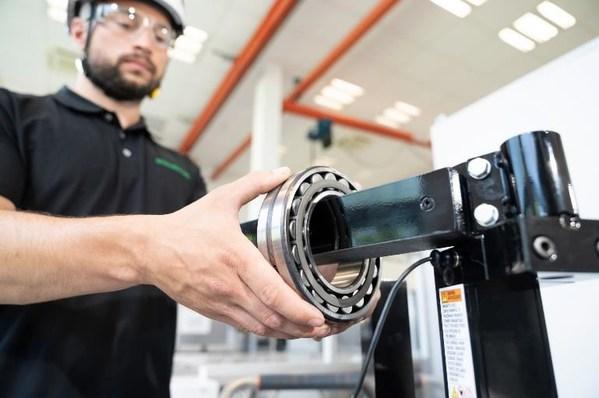 BEAG公司的感应加热器在轴承安装和拆卸过程中可减少能耗,并缩短安装时间