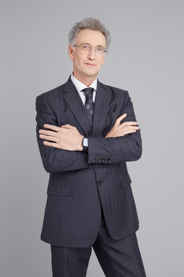 Hope Medicine Inc. Announced Dr. Henri Nico Doods as Chief Executive Officer
