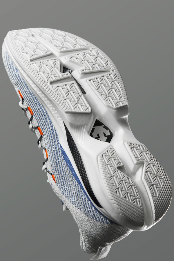 迪桑特HYPER SPEED PRO碳板跑鞋