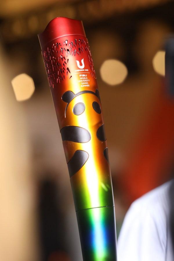 成都大运会火炬全球发布 特步助力青年成就梦想