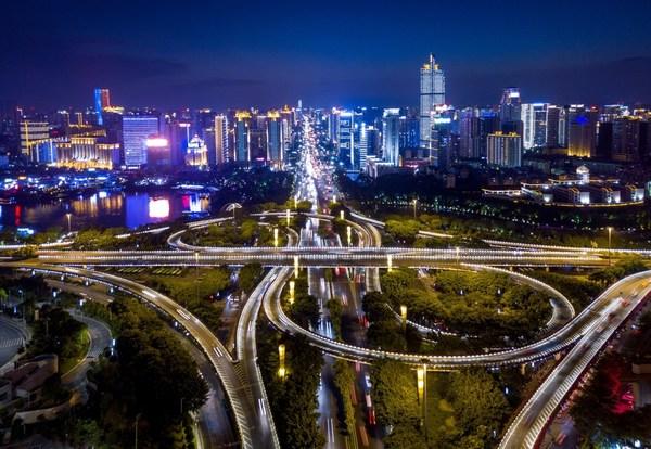 Xinhua Silk Road:: Phát triển kinh tế ban đêm với các khu vực hoạt động về đêm tập trung tại tỉnh Nam Ninh, phía Nam Trung Quốc