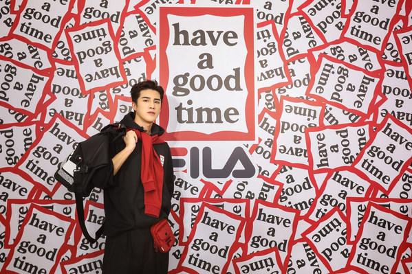 演员、歌手姜潮身穿FILA x have a good time联名系列