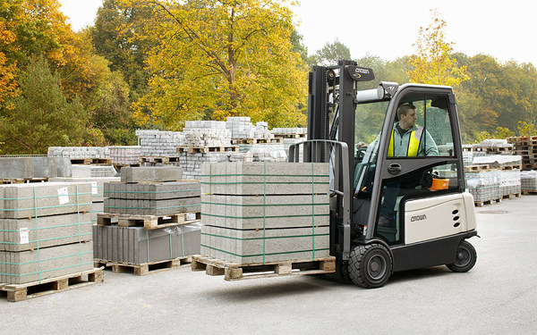 Crown Announces Lift Truck Upgrade Opportunity with Replacement Program for New Zealand Business