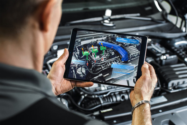 """PTC Provides """"Leading AR Platform for Connected Workers in the Market Today,"""" According to teknowlogy Group"""