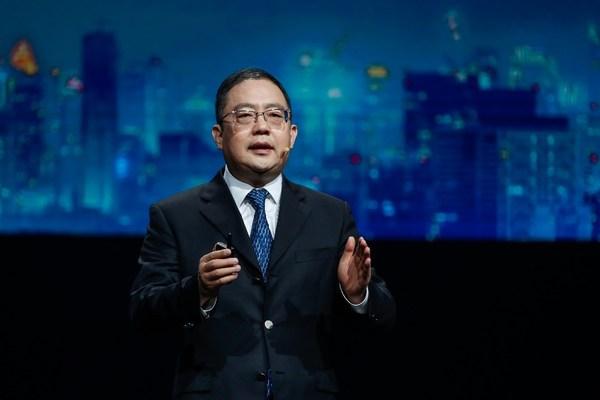 คุณ Peng Zhongyang สมาชิกคณะกรรมการของหัวเว่ย และประธานกลุ่มธุรกิจองค์กร