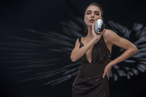 TOUCHBeauty REVIVEは技術革新と優れた結果に焦点を当てる新世代の美容機器を定義する