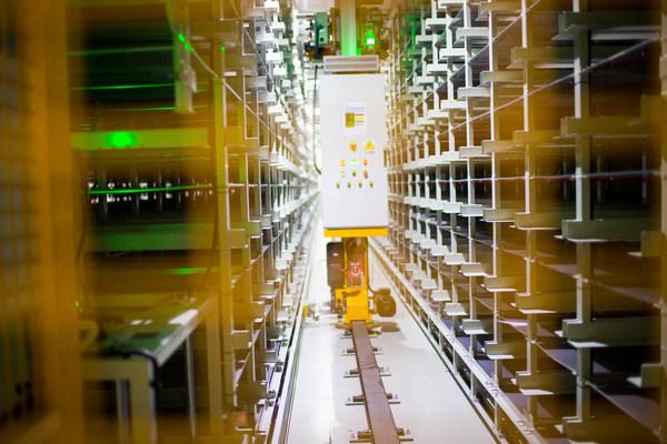 """获评""""全球灯塔工厂"""" 宁德时代引领电池行业高质量与可持续发展"""
