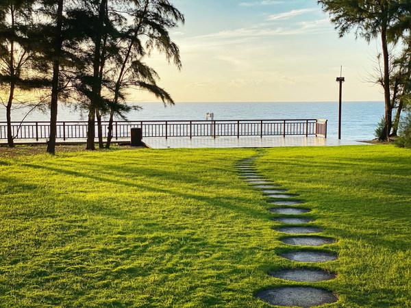 三亚香格里拉观海草坪