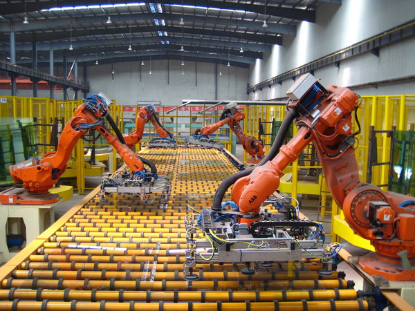 KXとTelitが提携し、製造業におけるマイクロ秒の意思決定を実現するエンドツーエンドの産業分析プラットフォームを提供