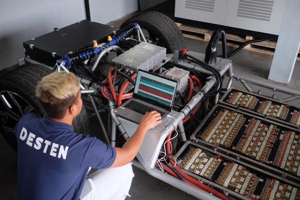 DESTENがインドネシア市場向けに世界初のEV超高速充電技術を発表
