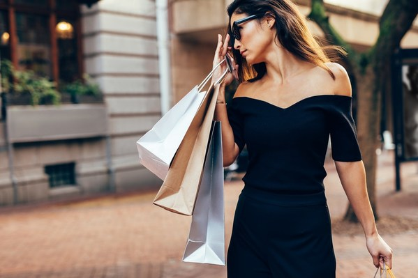 Global Luxury Brands Explore New Grounds To Reach Thai Consumers Through Chat Commerce on LINE Platform in the New Normal Era