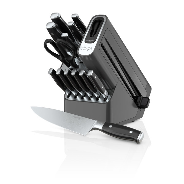 Ninja Introduces First Cutlery Set and Superior Sharpening Experience