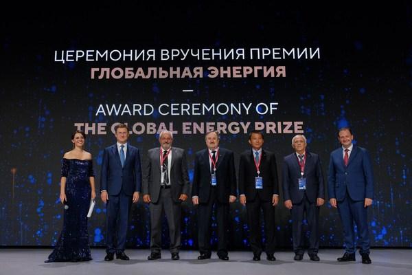 글로벌 에너지 프라이즈, 국가별 수상자에 시상