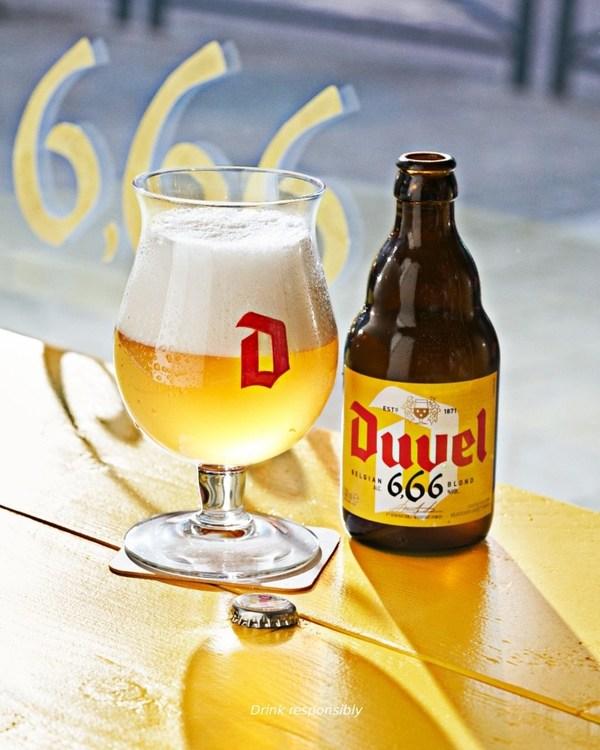 督威6.66度啤酒黄色酒瓶