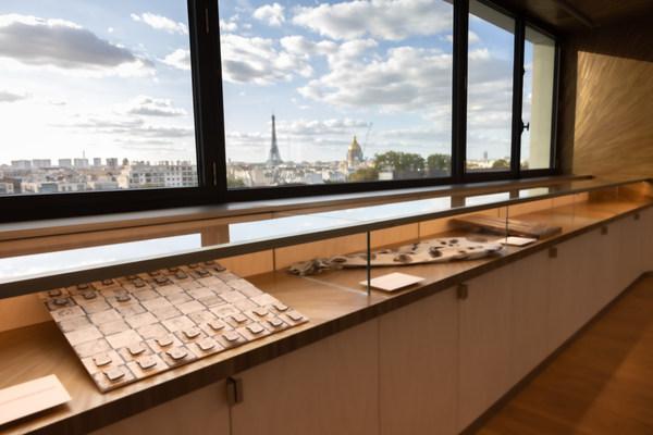 Moet Hennessy invites ten artists, recent graduates of the Beaux-Arts de Paris, to its new Paris headquarters