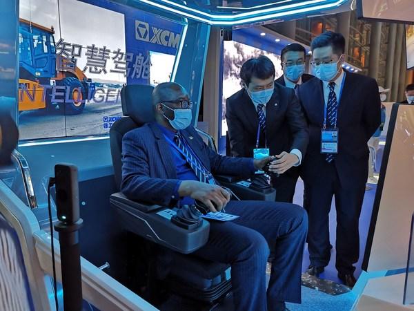 XCMG, 유엔 회의에서 중국의 지속가능한 운송 지능형 솔루션 공개
