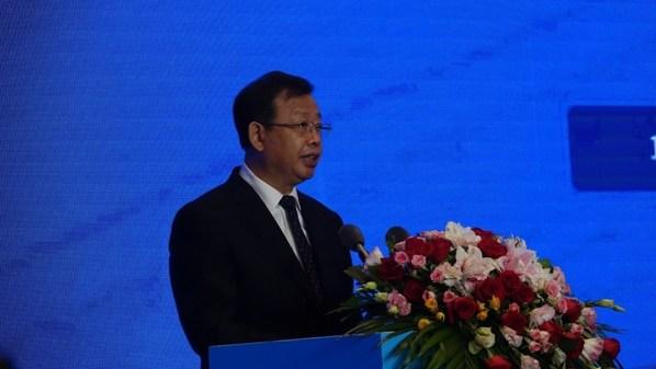 圖為廣西壯族自治區副主席李彬致辭
