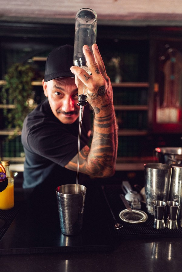 德国柏林明星调酒师加入Cook's Club潮流玩家联盟