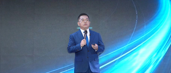 Xie Junshi ประธานเจ้าหน้าที่ฝ่ายปฏิบัติการของ ZTE ขึ้นกล่าวคำปราศรัยสำคัญ สะท้อนความยืดหยุ่นของ ZTE ในการเติบโตอย่างรวดเร็ว