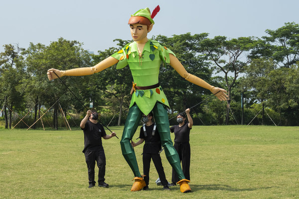 Standard Chartered Arts in the Park 2021 will be held on 6 & 7 November in the West Kowloon Cultural District Art Park